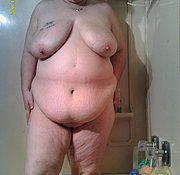 Small mature women selfie nude